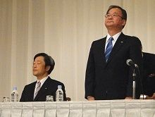 シャープ・片山社長が事実上の引責辞任、交代会見の詳報
