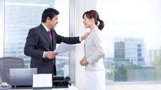 女性を上手く「褒められない」男の3つの誤解