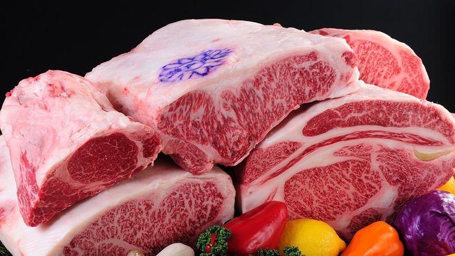 空前の焼肉バブル!「大阪の肉」が人気のワケ