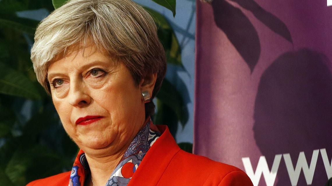 メイ首相は「要らぬギャンブル」で敗退した