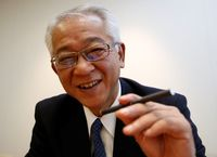 Japan Tobacco tries to catch up with rival in smokeless tobacco