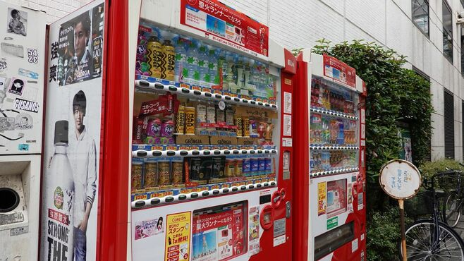 コカ・コーラが今、自販機に積極投資する理由