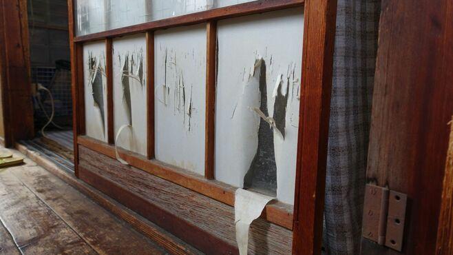 「ごみ屋敷」で育児放棄された男性が達した境地