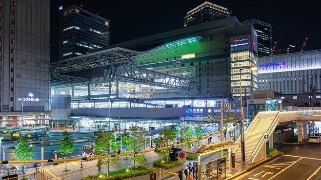 JR西「終電繰り上げ」は日本の働き方を変えるか