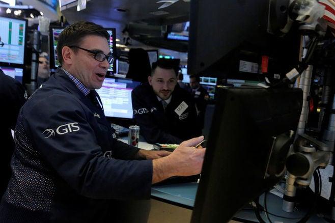 米国株式市場は続伸、ダウは410ドル高