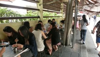 すごい向上心!タイの若者たちの日常と本音