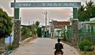 """""""原発輸出""""最前線のベトナムの村を歩く"""