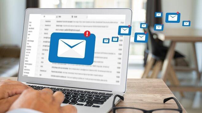 メールのやりとりは「4行以内」が超効率的な訳