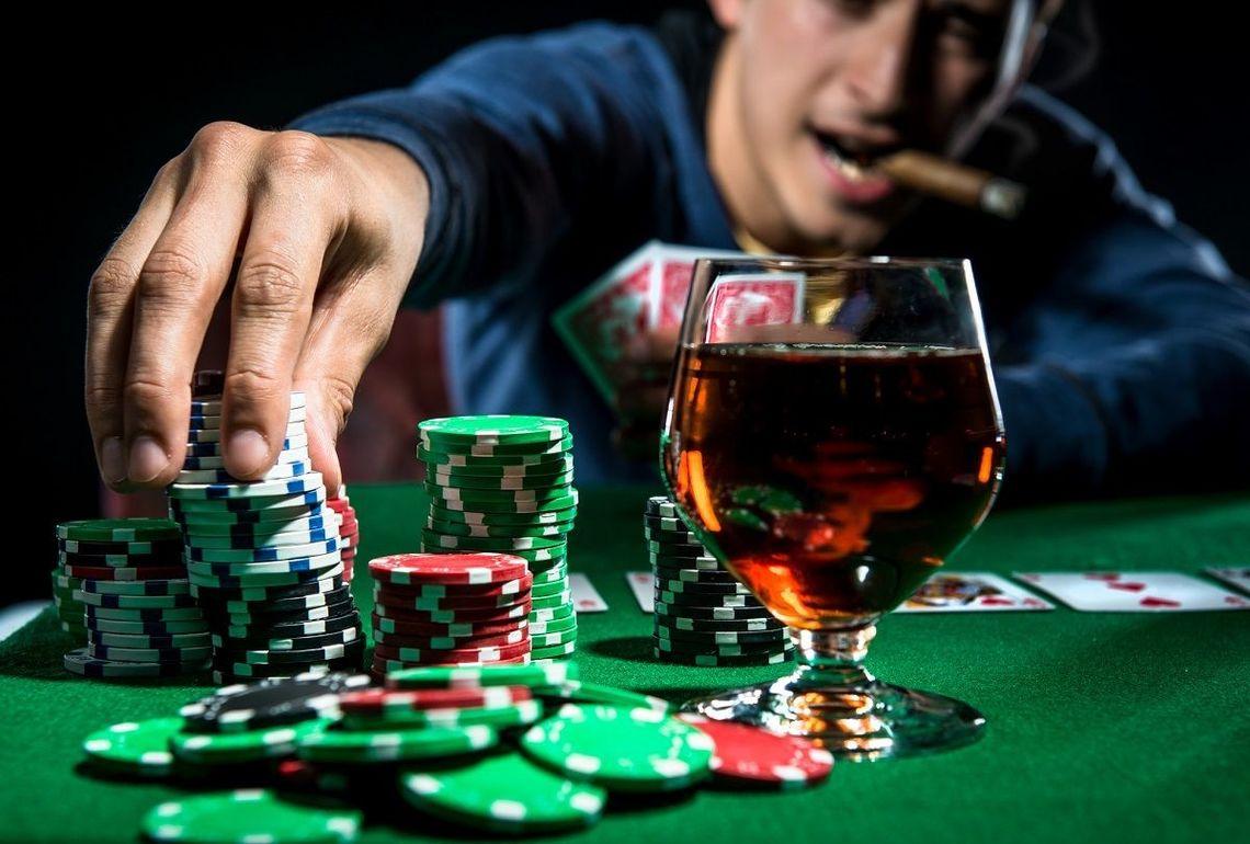 生命保険」と「賭博」は、もともと兄...