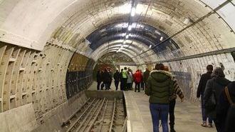 ロンドン地下鉄の「廃駅探険ツアー」は超レア