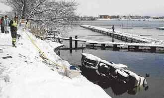 大雪の列島6人死亡、日本海側降り続く見込み