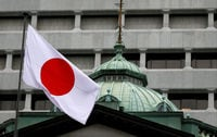 Abenomics' impact fading at sensitive moment for Japanese economy