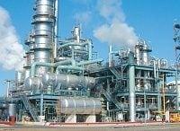 石油化学業界の再編がついに幕開け、需要低迷に海外勢が台頭