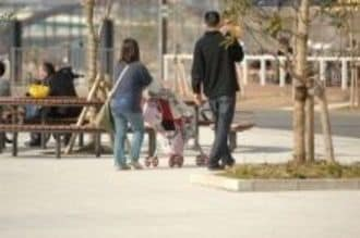 「夫の休日の家事・育児時間がゼロ」で、第2子が生まれた夫婦は7.5%