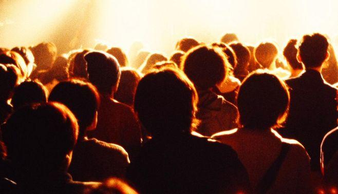 群衆の組織化が、世界を大きく変える