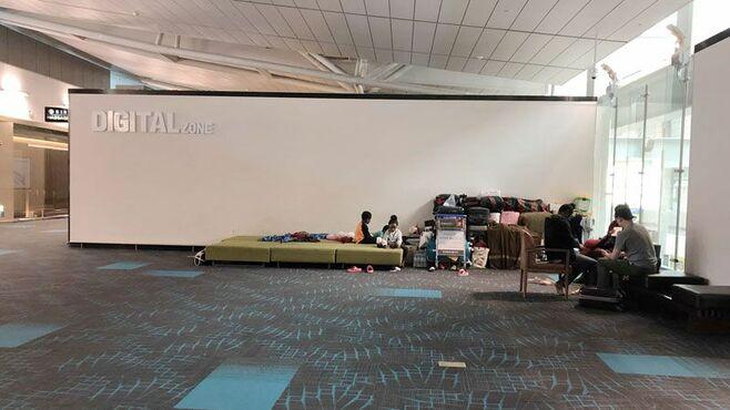 空港暮らしのアンゴラ人が韓国に入れない事情
