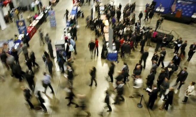 米雇用統計、12月は前月比14.5万人増に鈍化