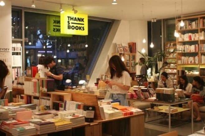 ソウルの小型書店でユニークな試みが続々