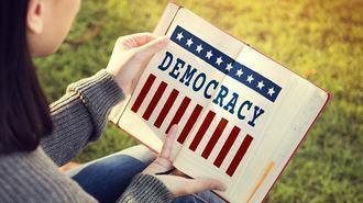 民主主義の復興はポピュリズムの先にある