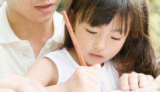 子供の脳が萎縮する、危険な「触れ合い不足」