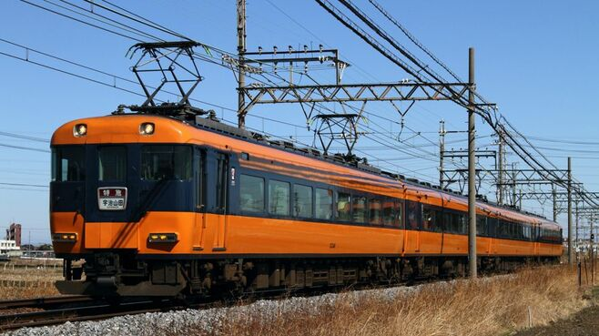 オレンジと紺「近鉄特急12200系」惜しまれ引退