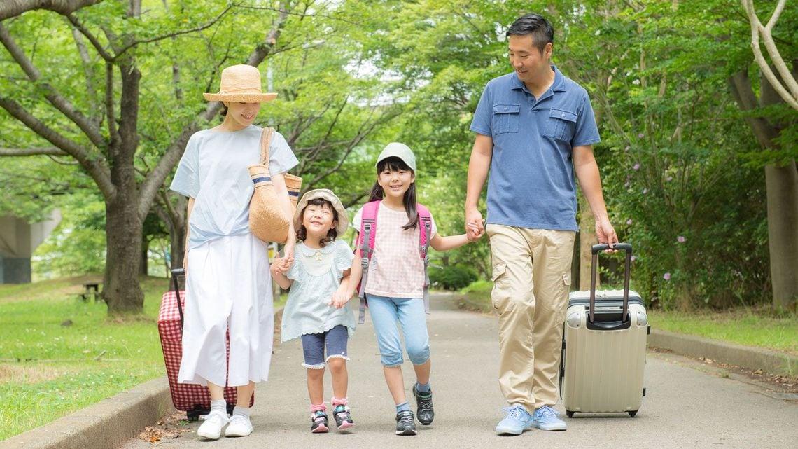 夏休み10日間」への短縮は日本を...