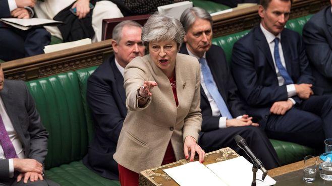 EU離脱へ英国メイ首相「最後の決戦」の切り札