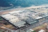 東芝が半導体事業に大ナタ、競合サムスンに生産委託