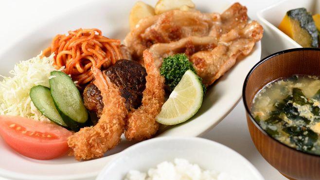 「昭和飯」は女性の料理負担を増やしたのか