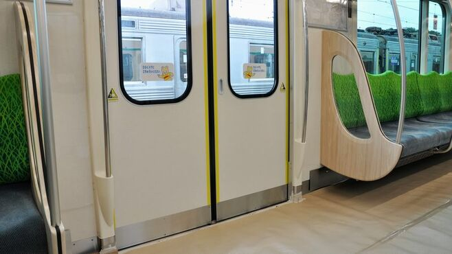 田園都市線新車「ドア横スペース」はなぜ広いか