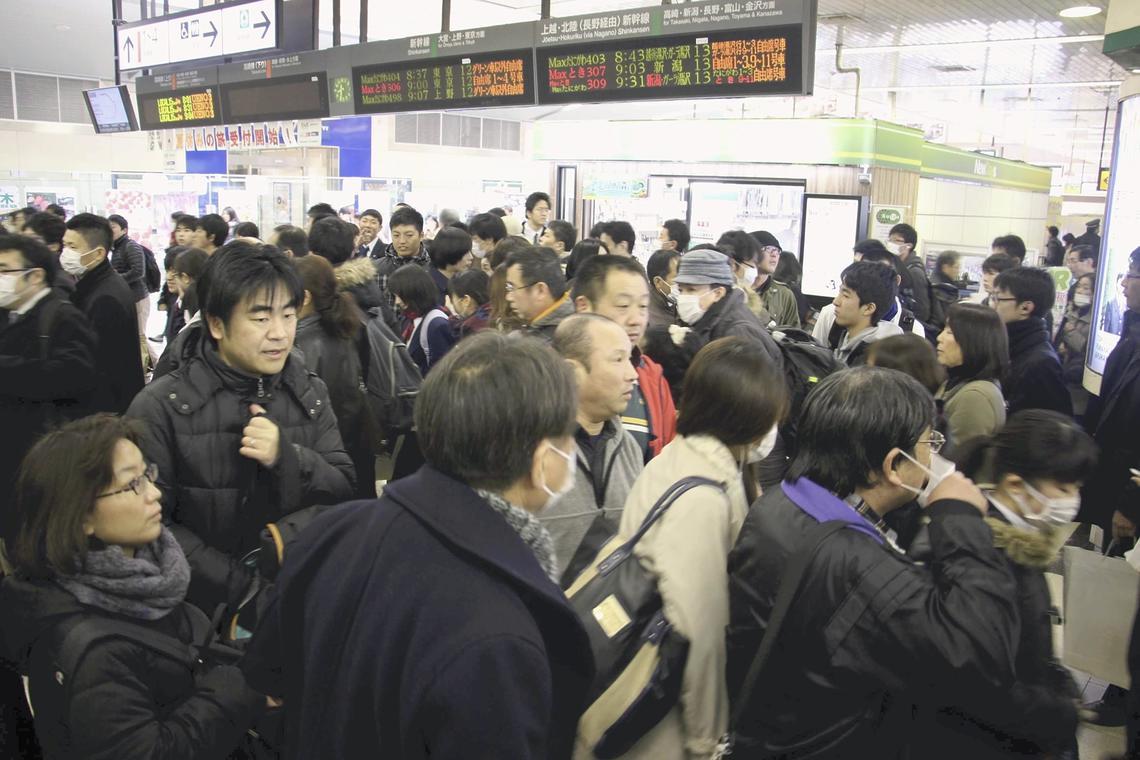 高崎線、16日も一部運休、再開は17日始発から15日、上下線258本が運休し約21万人に影響|マネブ