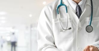 医者を僻地に縛る「地域別入試」の不都合な真実