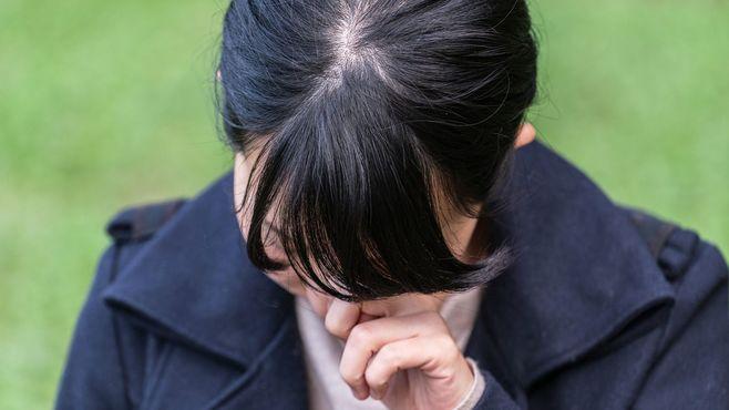 18歳少女が悩む「口うるさい浮気父」との関係