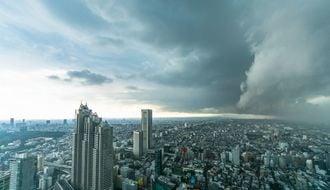 日本経済が長期低迷した根本的な原因とは
