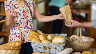 パリっ子の社交性は「毎朝のパン買い」で育つ