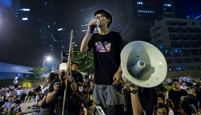香港のデモ長期化、「一国二制度」の正念場