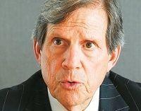 ピーター・T・グラウアー ブルームバーグ会長--金融市場縮小の今こそアグレッシブに攻める