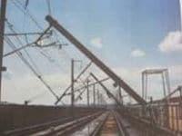 鉄道工事関係者が語る--新幹線復旧のネックは仙台車両基地の被害【震災関連速報】