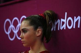 五輪金メダリスト、「性的虐待は何百回も」