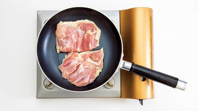新常識!肉を焼くなら「冷たいフライパン」
