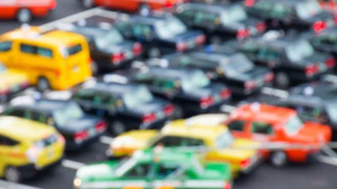 タクシー運転手の半減がありうる納得のワケ