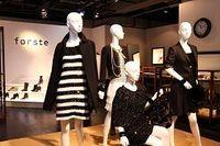 オンワードホールディングスが20代女性向け新ブランド投入、3期連続減益から巻き返しへ