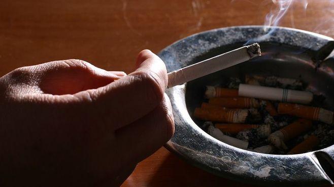 受動喫煙問題解決には政治的な決断が必要だ