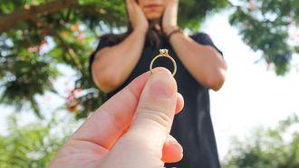 31歳女性は超安物の指輪に耐えるべきなのか