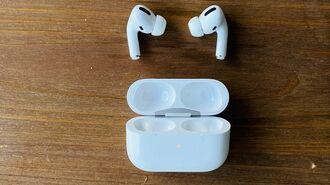 アップルの新しいヘッドフォンが革命的なワケ