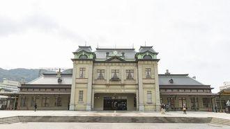 門司港駅舎を復原、よみがえった「大正」の風格