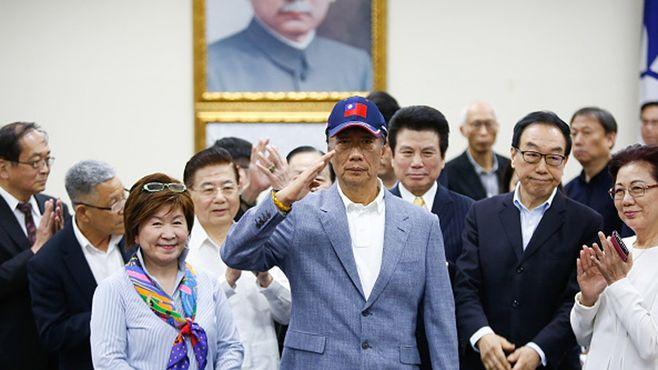 鴻海の郭氏、「台湾総統選」出馬が起こす大波紋