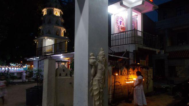自爆テロのスリランカはインド洋に浮かぶ真珠
