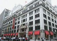 赤字の三越が人員削減、出口が見えない百貨店不況