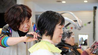 47歳女性が病に悩む子供に「髪を捧げた」事情
